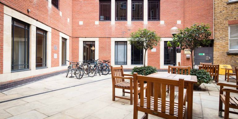 Serviced Offices London St Paul's Office Space in Town - Private Courtyard
